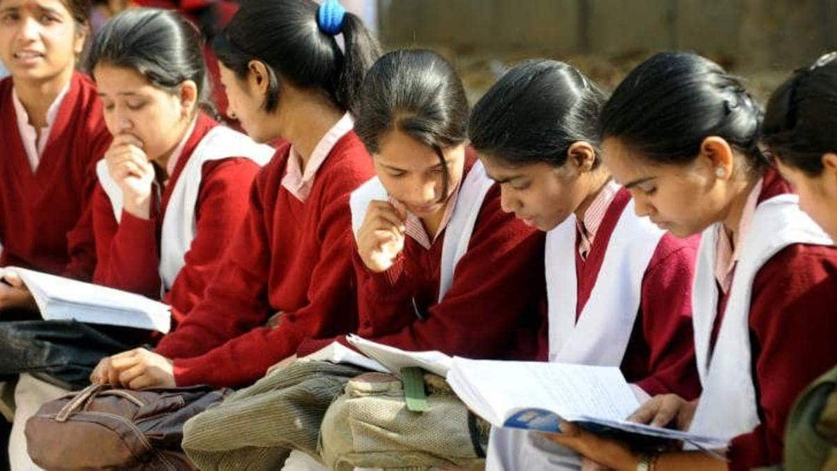 Maharashtra: 35 Percent Schools Reopen After 8 Months, Only 5 Percent Students Attend