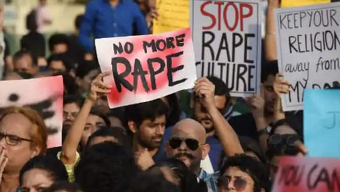 Hathras Rerun: 22-year-old Dalit Woman Gangraped in UP's Balrampur, Succumbs to Injuries; 2 Arrested