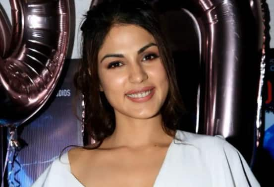 Rhea Chakraborty's Drugs Case Has 'Lost Its Steam', Says Her Lawyer After SC's Judgment Over 'Admissible Statements'