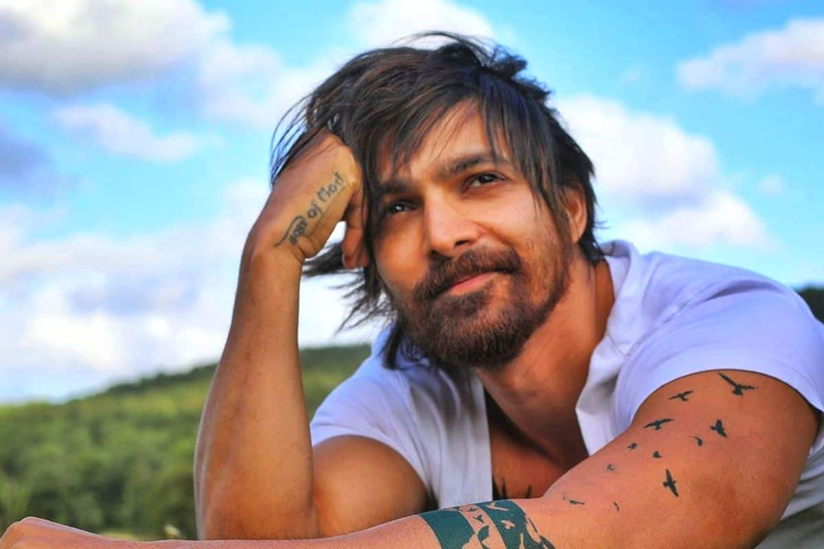 Taish Actor Harshvardhan Rane Gets Admitted to ICU For 4 Days After Contracting COVID-19, Read on