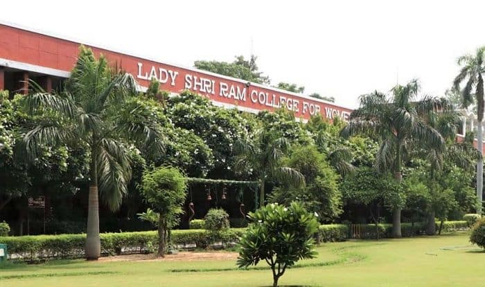 LSR Student Suicide: College Announces Fee Rebate, Committee to Provide Laptops on Need Basis