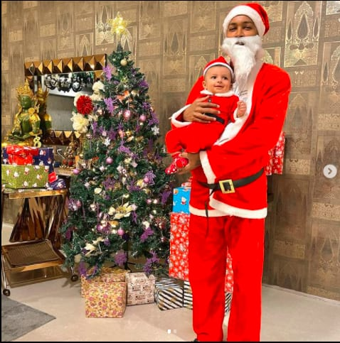 Hardik Pandya with son Agastya on Christmas