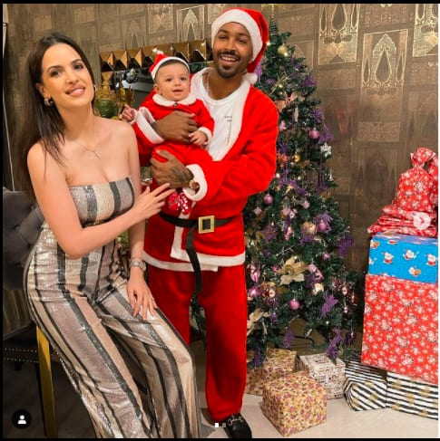 Hardik Pandya with wife Natasa Stankovic son Agastya on Christmas