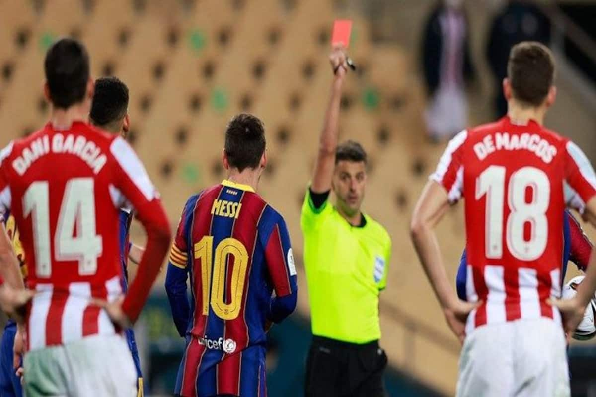 Lionel Messi Sent Off, Barcelona Skipper Shown First Red Card in Football  Club Career | Lionel Messi Red Card | Messi Sent off | Barcelona Team News
