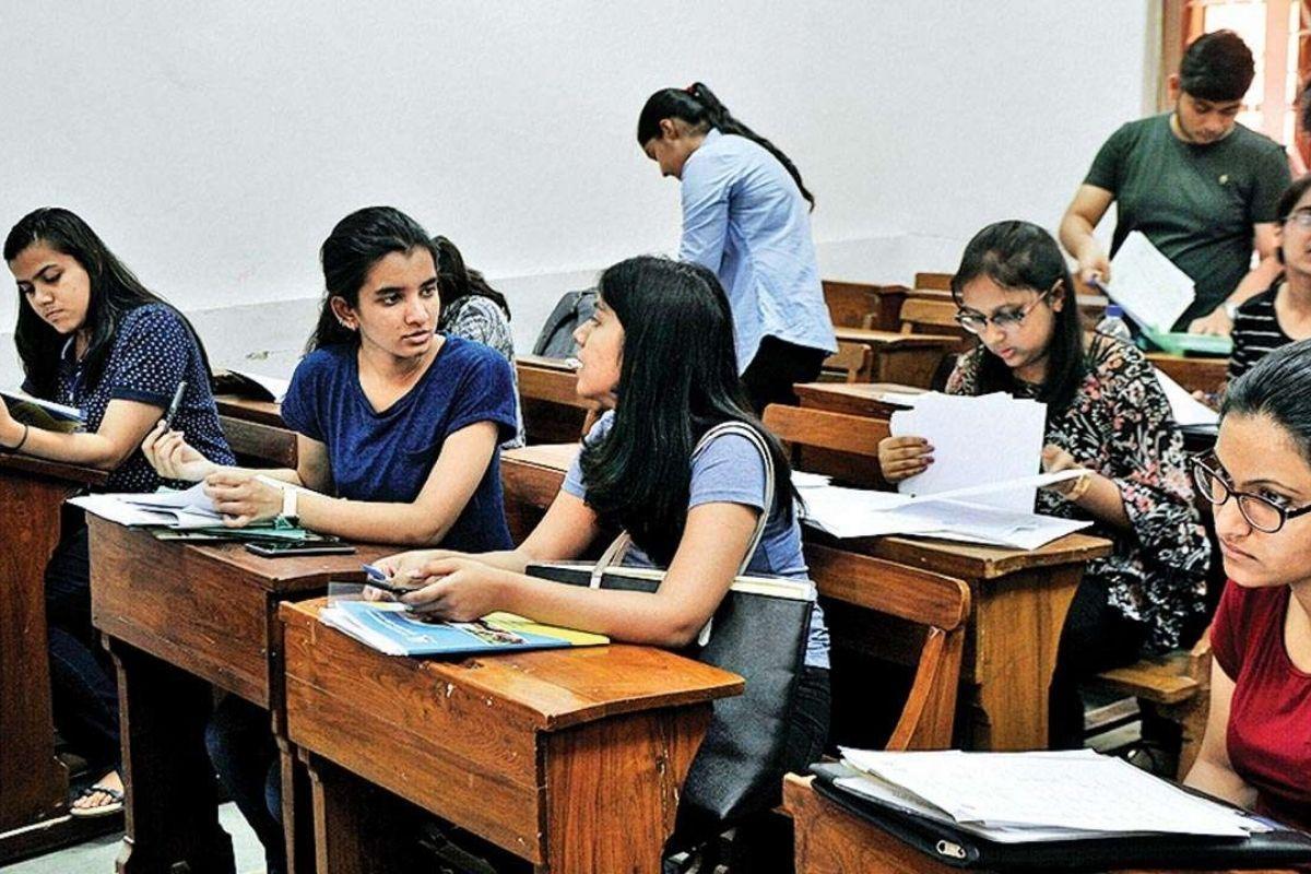 Put Off Delhi University Final Semester Exams, Demands NSUI