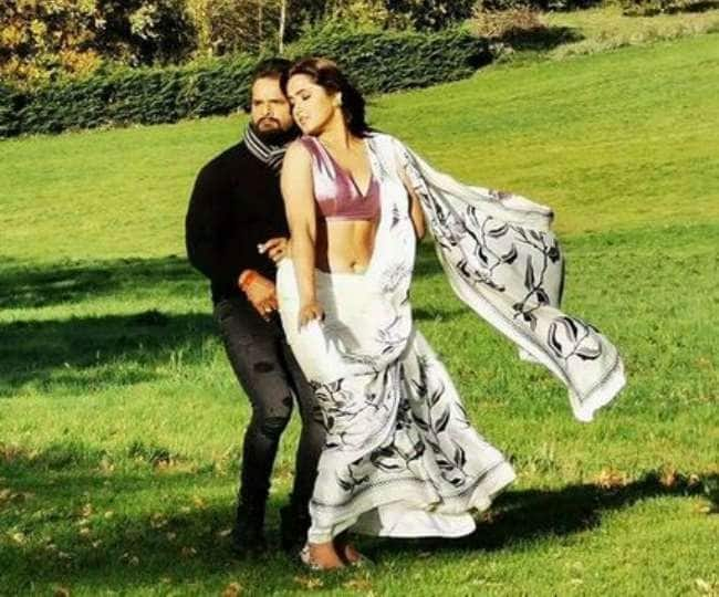Khesari lal yadav shares romantic photo of kajal raghwani during controversy agar mohabbat hoti to see sizzling pics