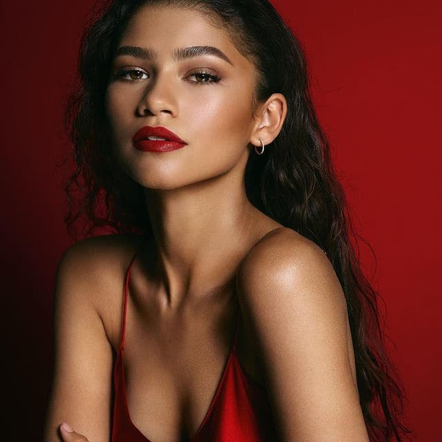 Zendaya hot and bold