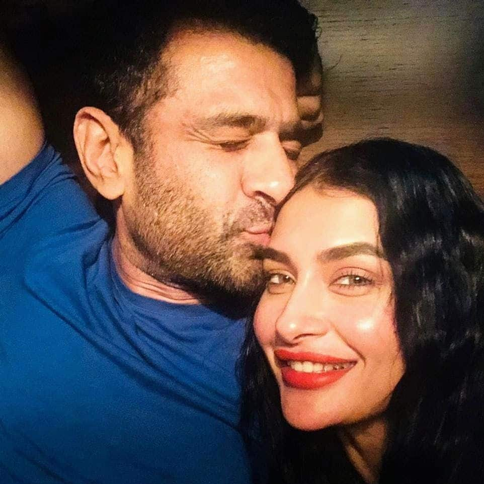 Pavitra Punia And Eijaz Khan Romantic Pictures from couch Viral On Social media see hot kissing pics