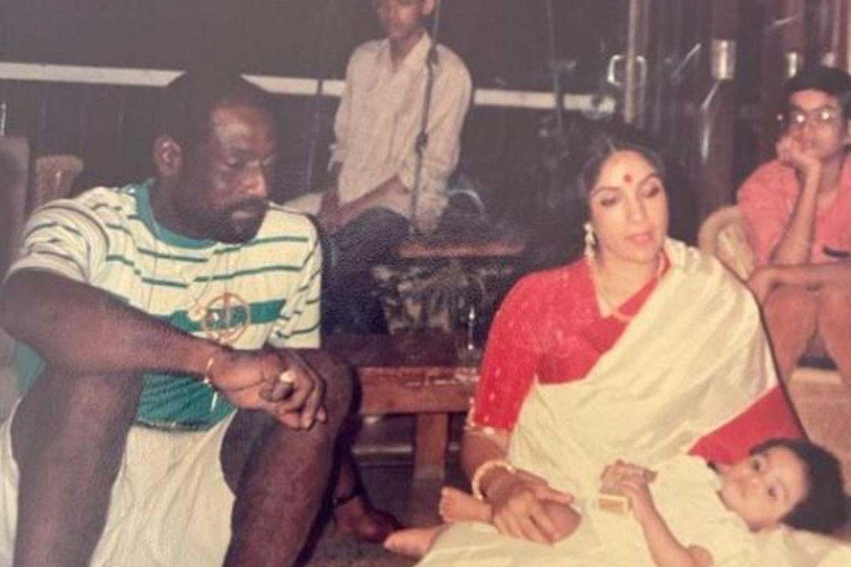Masaba Gupta's Throwback Pic With Parents Neena Gupta