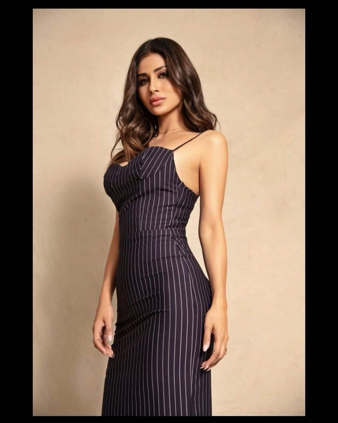 Mouni Roy Hot Photo In Black Dress  8