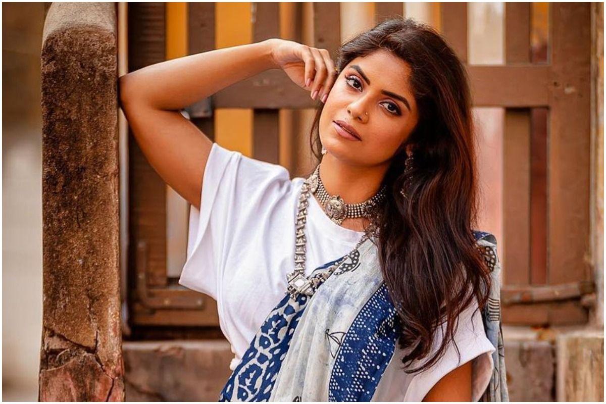Sayantani Ghosh on Women Body-Shaming Women
