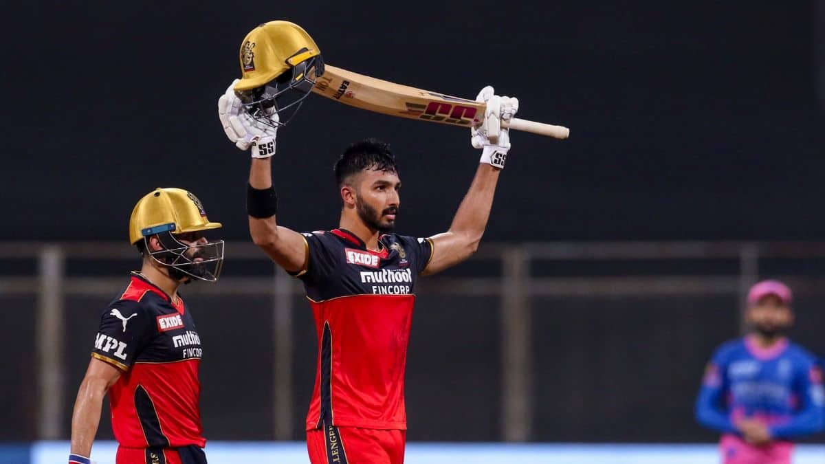 IPL 2021: RCB Beat RR by 10 Wickets