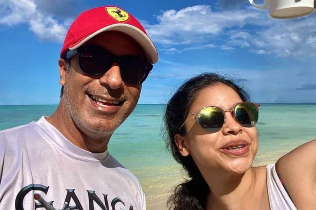 Who is This Mystery Man With Sumona Chakravarti? Photos From Andamans go Viral- Check Here
