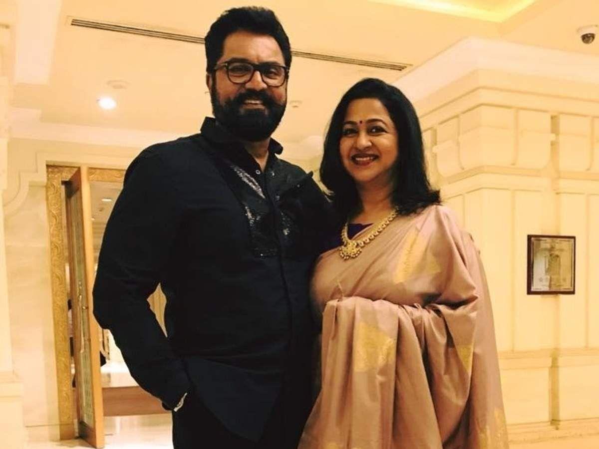 Actors Radhika, Sarathkumar Get One-Year Jail Term For Cheque Bounce Case
