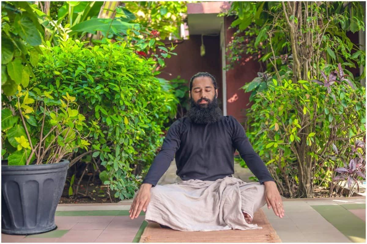 Yoga For Cancer Treatment: How Ujjayi Breathing Helps in Chemotherapy Treatment