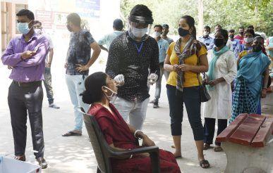 Maharashtra Records Sharp Fall in COVID-19 Cases, Positivity Rate Declines