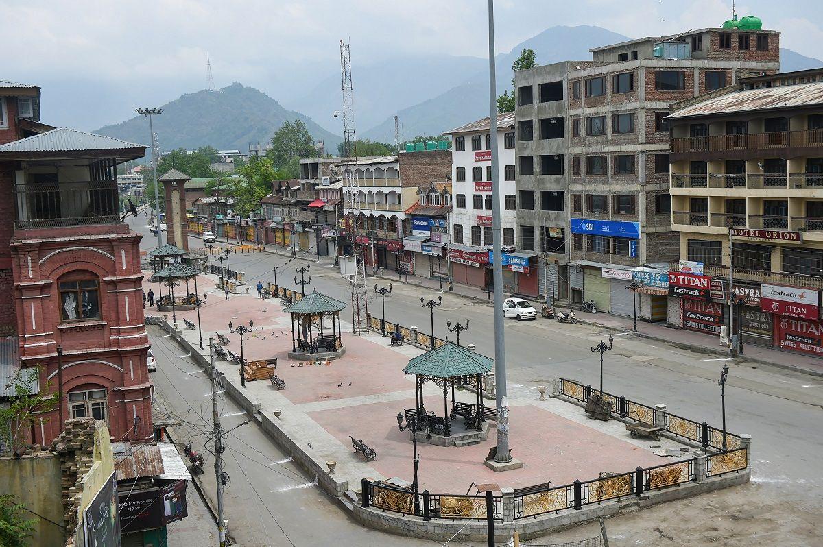 BREAKING: Jammu & Kashmir Extends Covid-19 Lockdown, Some Restrictions Eased. Full Details Here