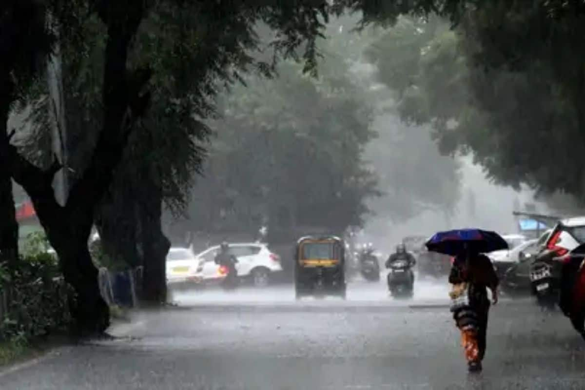 MP Rain Alert: मध्यप्रदेश पहुंचा मॉनसून, राज्य के कुछ हिस्सों के लिए ऑरेंज अलर्ट जारी - Madhya pradesh rain alert monsoon knock in mp imd issued orange alert - Latest News &