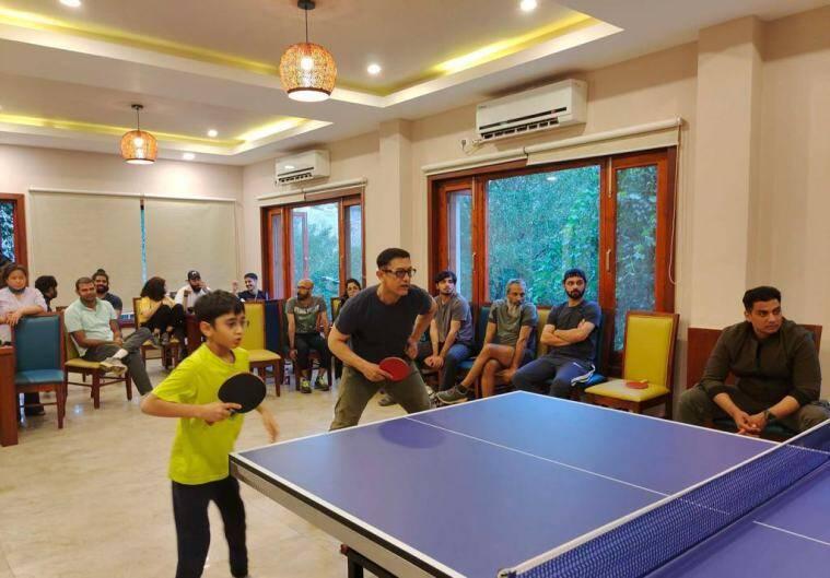 Aamir Khan and Son Azad play table tennis on Laal Singh Chaddha's sets