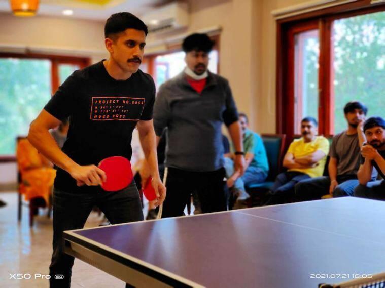 Naga Chaitanya was also seen playing table tennis on Laal Singh Chaddha's sets.