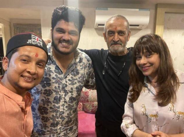 Mahesh Manjrekar poses with Indian Idol 12 winner Pawandeep Rajan and Aashish Kulkarni
