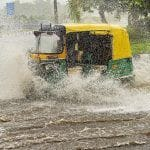 Delhi Rains LIVE: Waterlogging Leads to Traffic Snarls in Vikas Marg, Dhaula Kuan; Mercury 6 Notches Below Normal