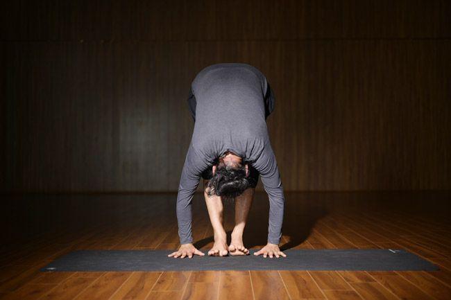 Yoga asanas for strong Nails